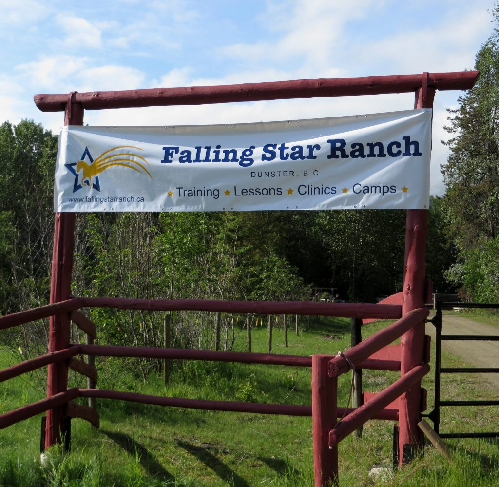 Falling Star Ranch entrance